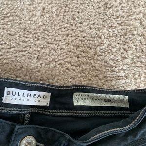 Bullhead Shorts - Frayed short shorts